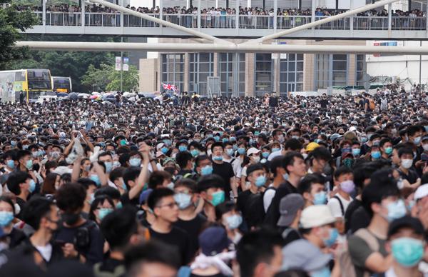 hong kong biểu tình luật dẫn độ